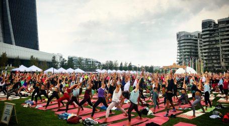 Yoga Mania! Ecco perché tutti lo praticano