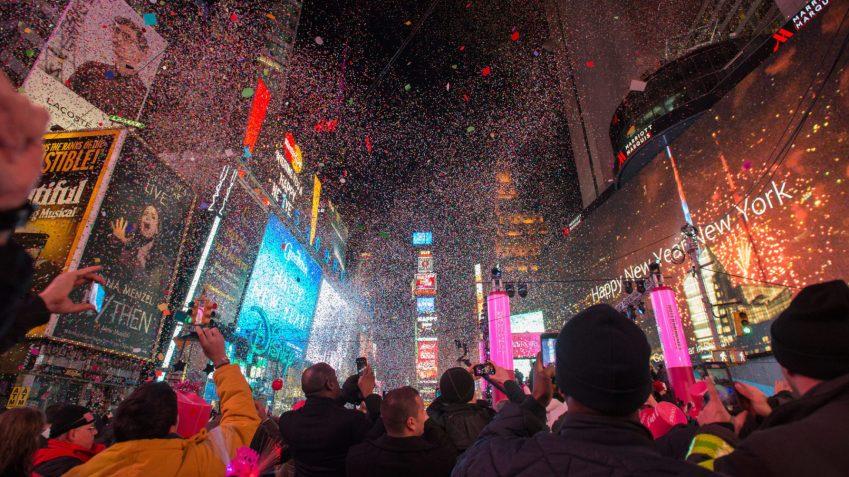 Lo scoccare della mezzanotte in Times Square