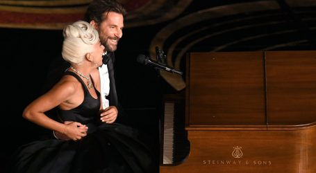 Lady Gaga premiata sul palco degli Oscar 2019: il discorso