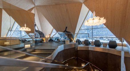 Aqua Dome: Sci & Terme per un'immersione totale nel benessere e nella natura