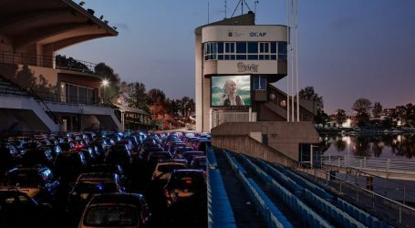 Cinema Drive-In all'Idroscalo di Milano
