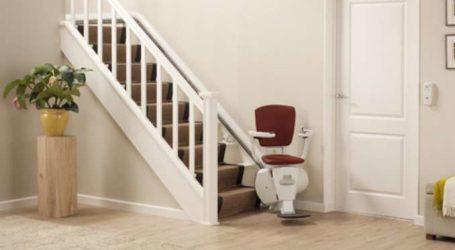 Ristorante accessibile, con la sedia montascale
