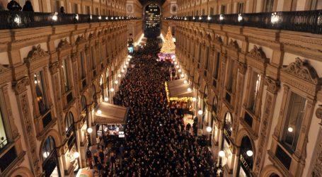 Liliana Segre, a Milano si è svolta la marcia dei comuni