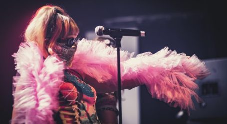 Myss Keta internazionale, il periodo d'oro dell'artista mascherata