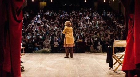 #CasaParenti, il teatro a casa nostra