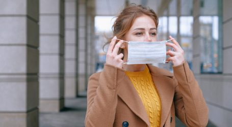 Coronavirus, mascherine gratuite alle famiglie di Milano