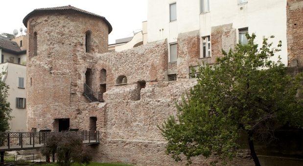 Милан, башня римского цирка