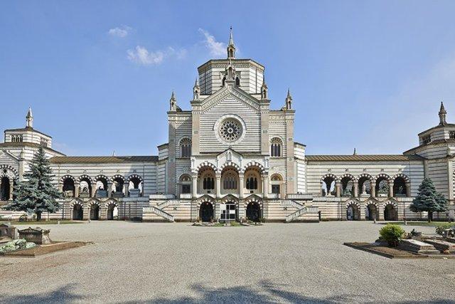 Монументальное историческое кладбище в Милане
