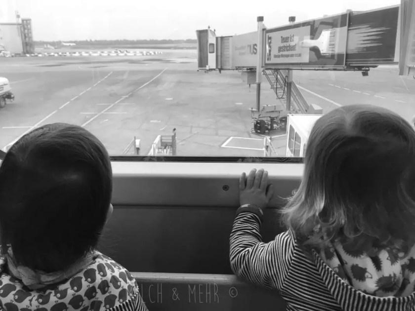 Fliegen mit Kleinkind Tipps