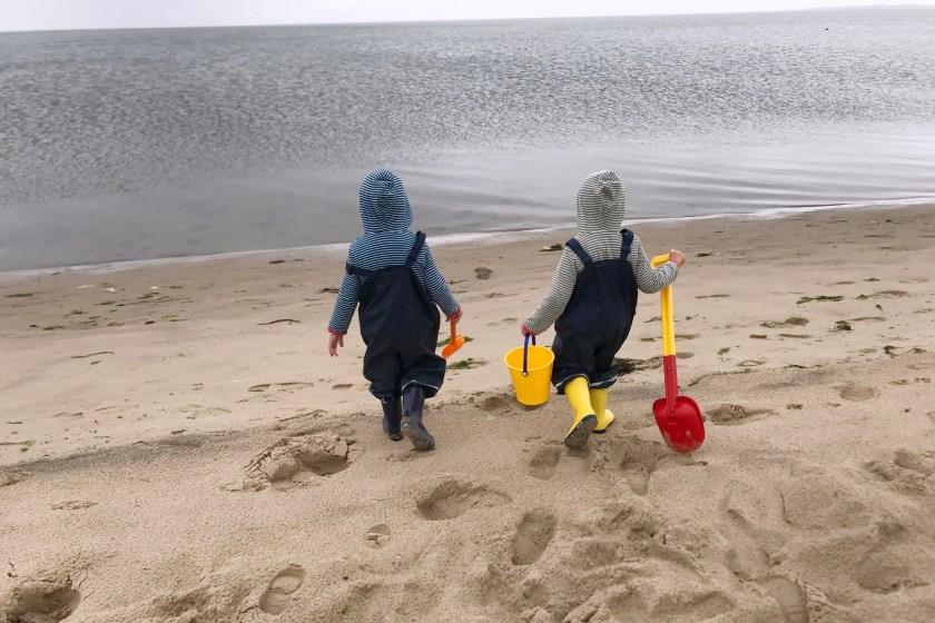 WIB #kw29 glueckliche Kinder am Strand