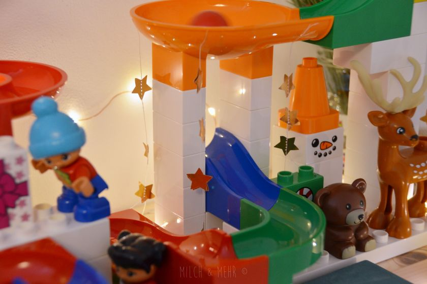Hubelino Kugelbahn und Lego Duplo Weihnachts Set