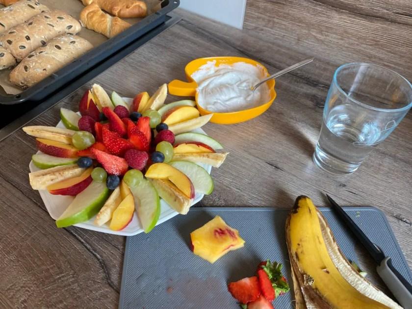 Obstteller Milch und Mehr Sommer
