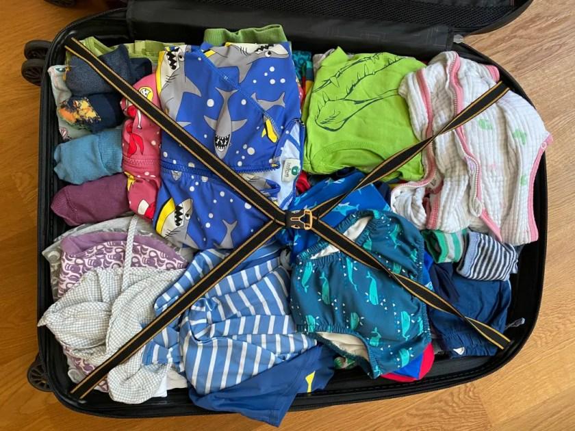 Koffer fuer drei Kinder