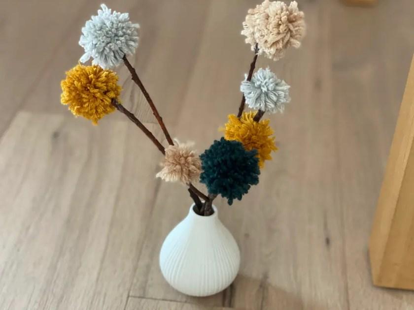 Blumen aus Wolle
