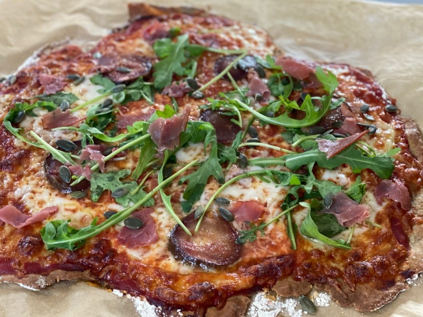 Pizza Feige Schinken Kuerbiskerne