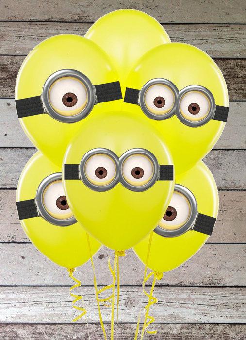 festa minions balões