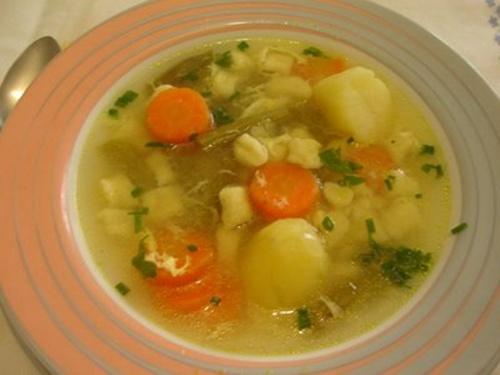 Fonte: http://cybercook.com.br/receita-de-sopinha-de-legumes-para-criancas-r-11-9977.html