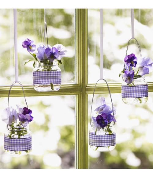 http://www.goodhousekeeping.com/holidays/easter-ideas/purple-easter-crafts-5#slide-5
