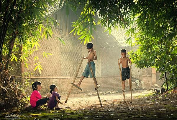 Indonésia http://500px.com/photo/3372401/we-play-by-i-gede-lila-kantiana (I Gede Lila Kantiana)