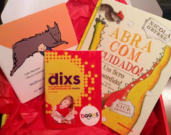 """Os livros que recebemos: """"Abra com cuidado! Um livro mordido!"""" e """"Melhor Amigo"""""""