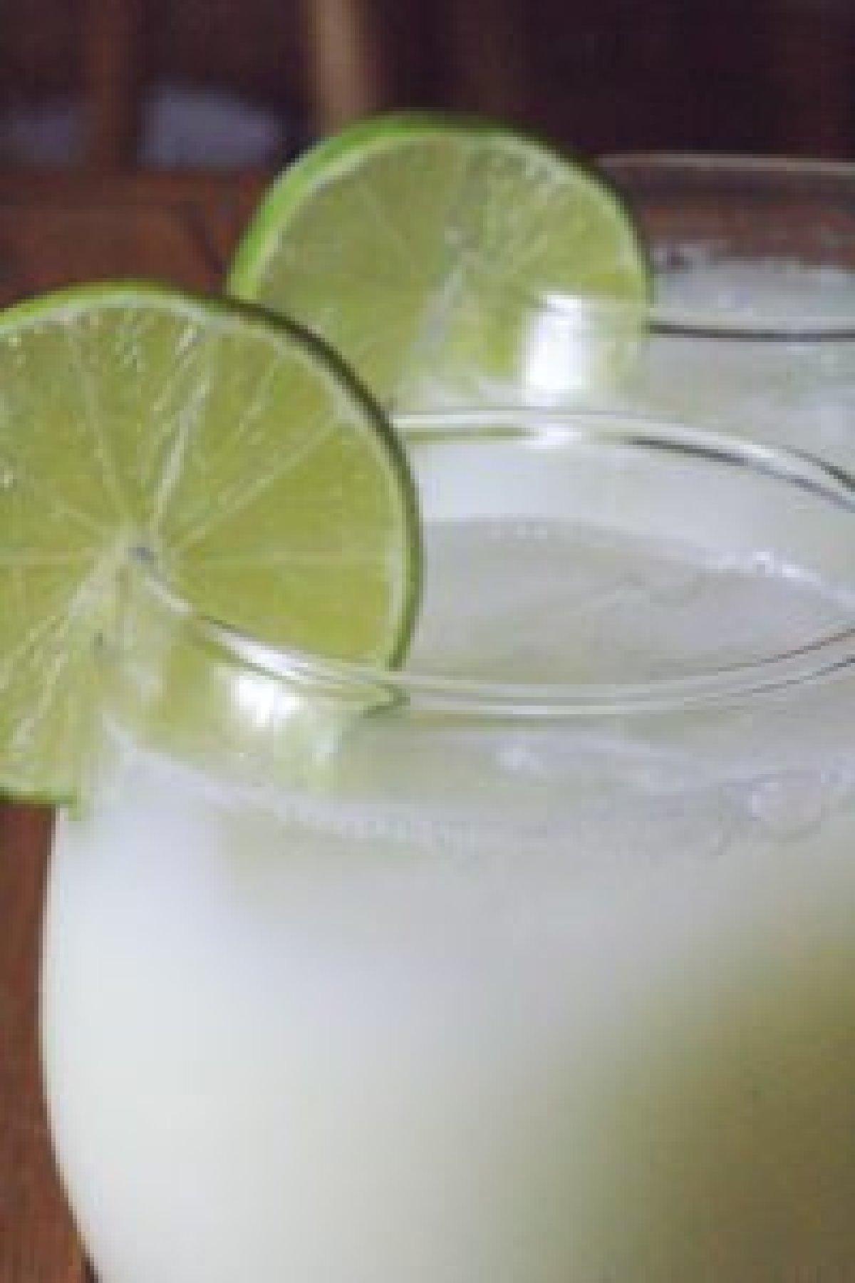 Easy Brazilian Lemonade