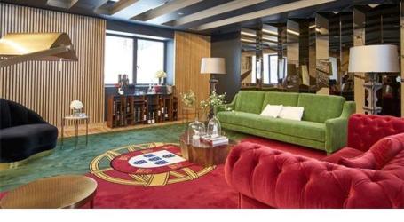 Nova polémica: Hotel vê-se obrigado a tirar tapete com bandeira de Portugal