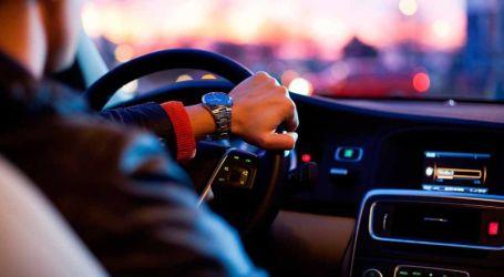 Mais de um quarto dos portugueses fala ao telefone enquanto conduz