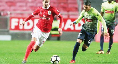 I Liga: Benfica goleia Marítimo e isola-se em segundo a cinco pontos do FC Porto