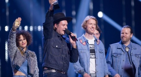 Surprises abound in upbeat Junos Awards show in Vancouver