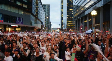 Maple Leaf Square to host epic tailgate party Wednesday