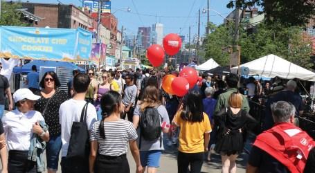 Mais de 120 mil pessoas passaram pelo Dundas West Fest