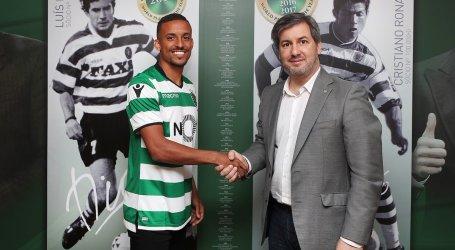 Bruno Gaspar assina por cinco épocas com o Sporting