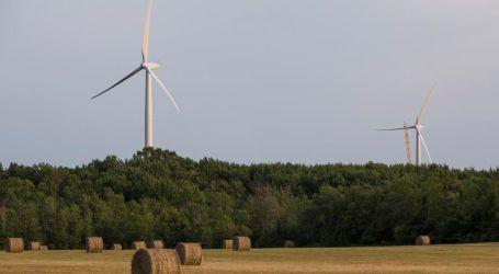 Tories zap 758 green energy contracts in Ontario