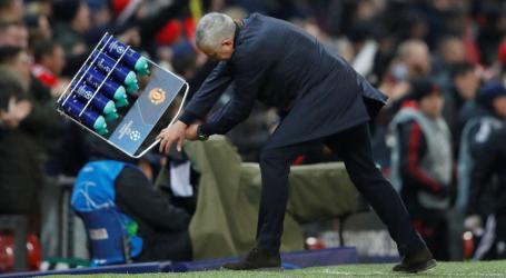 A reação de Mourinho após o golo da vitória do Manchester United