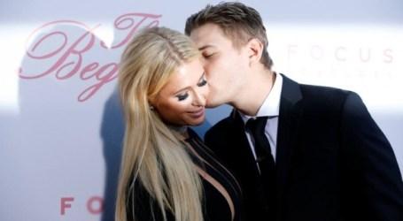 Paris Hilton cancela noivado e foca-se na carreira