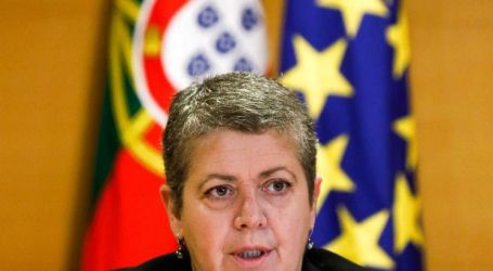 """Ministra do Mar destaca """"maturidade"""" e """"empenho"""" no acordo com estivadores"""
