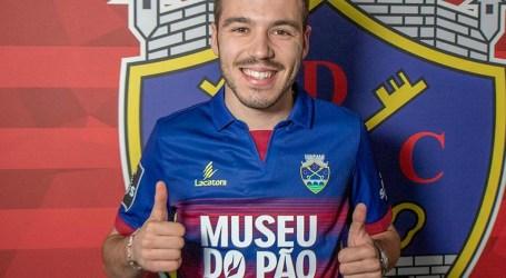 Filho de Sérgio Conceição é reforço do Chaves
