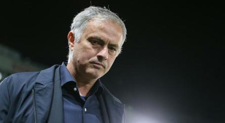 Saída de Mourinho custou 22,2 milhões de euros ao Manchester United