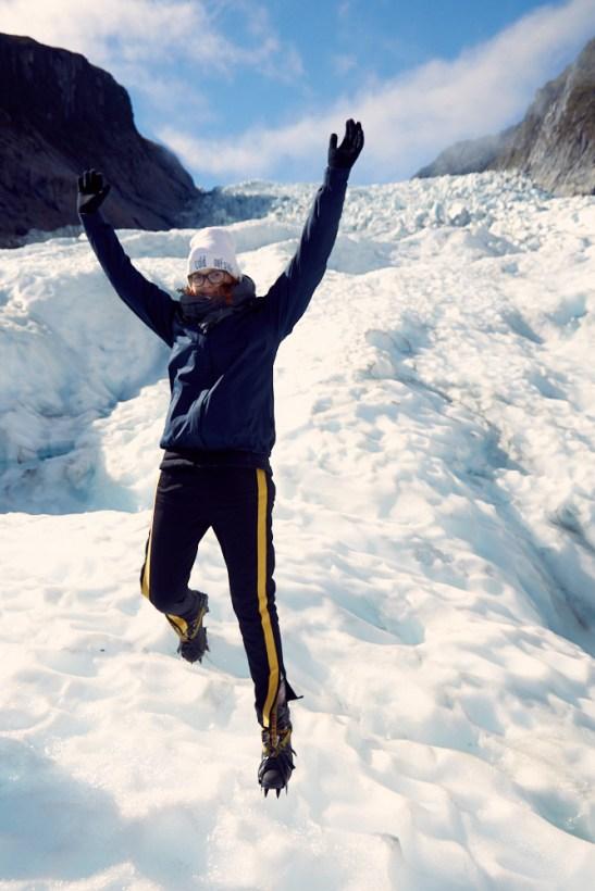 Fox Glacier, Gletscher, Miles and Shores, Reiseblog, reisen, Urlaub, Urlaubsblog, Blogger, Blog, Neuseeland, Chrisi, springen, jump, Springfoto