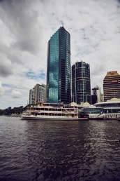Brisbane, bewölkt, Hochhaus, skyscraper, river, boat, old, boatstour, things to do, free, watertaxi