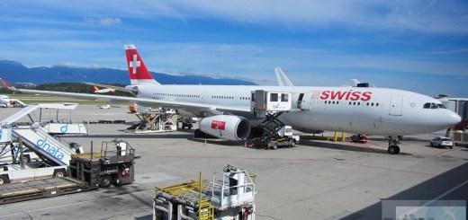 A330-300 SWISS (immatricolazione HB-IHA) al cancello di Ginevra