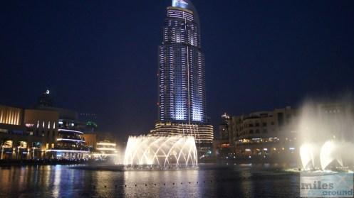The Dubai Fountain bei Nacht