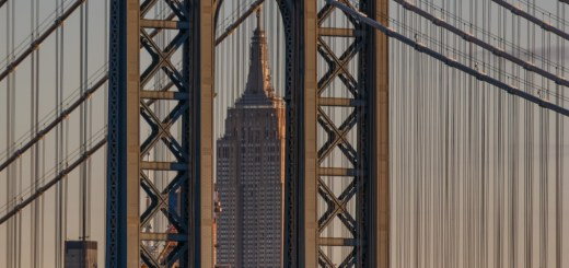 Empire State Building och Manhattan Bridge