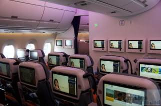 In-flight Entertainment in der Premium Economy Class von Singapore Airlines