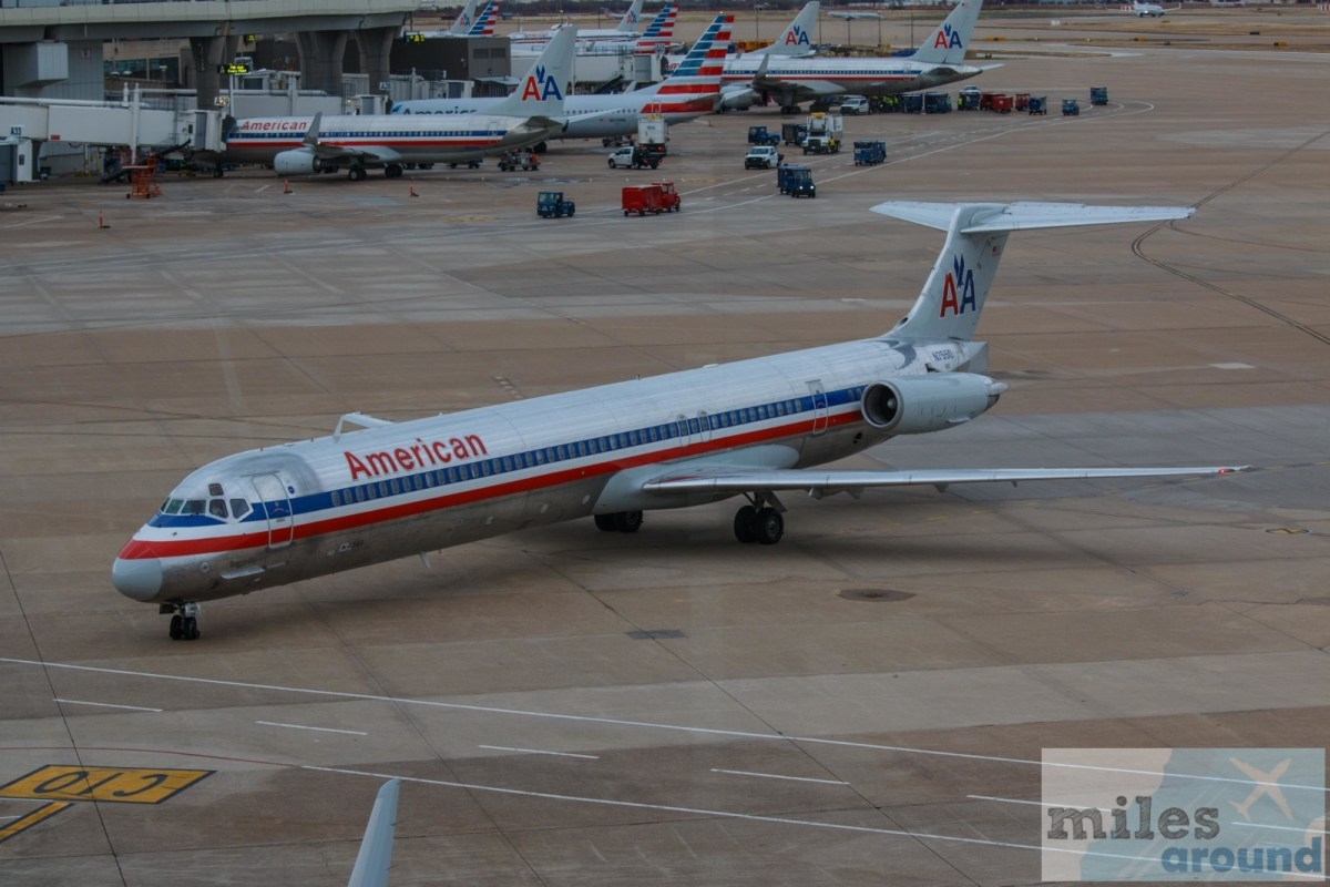 "American Airlines ""Mad Dog"" MD-82 Chicago to Dallas"