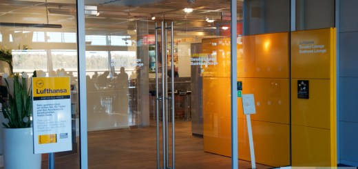 Lufthansa Senator Lounge at Nuremberg Airport - Entrance