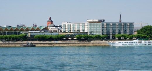 Hilton Mainz - Four-star hotel directly on the Rhine