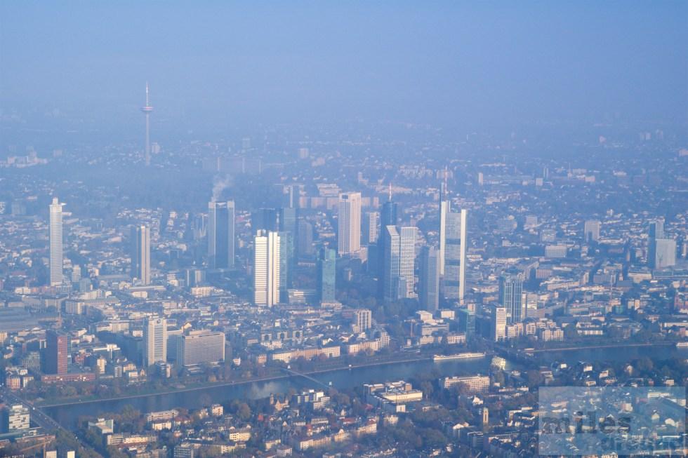 Närmar via Frankfurt
