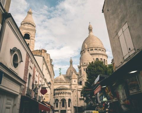 Montmartre: eine starke Frau in Paris, Fotolia©TIMDAVIDCOLLECTION