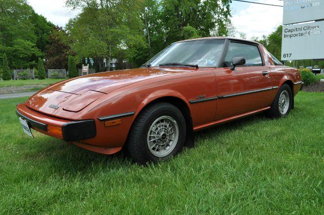 the top 10 sports cars of the 1970s milesperhr. Black Bedroom Furniture Sets. Home Design Ideas